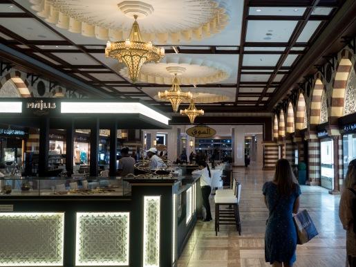 Dubai Mall Market Olympus 17mm f1.8.