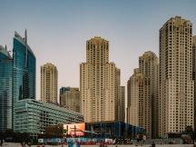 Jumeirah Beach, Cityscape Dubai Olympus 17mm f1.8 Street photography